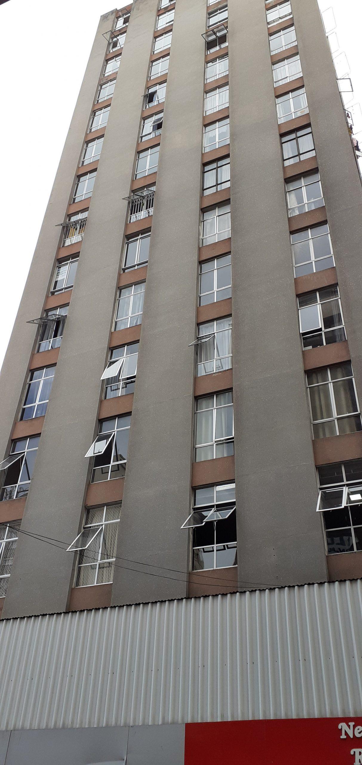 Apartamento 02 dorms. Centro